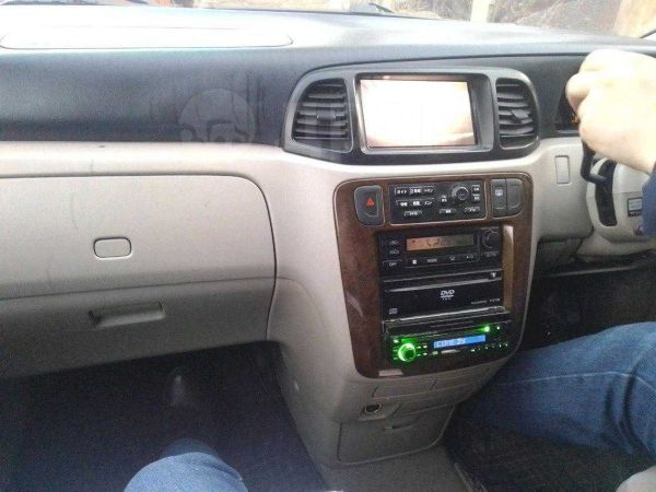 Nissan Liberty, 2001 год, 299 999 руб.