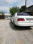 Mercedes-Benz E-Class, 1995 год, 200 000 руб.