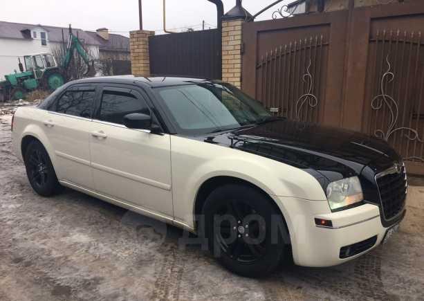 Chrysler 300C, 2005 год, 520 000 руб.