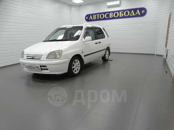 Toyota Raum, 2001 год, 230 000 руб.