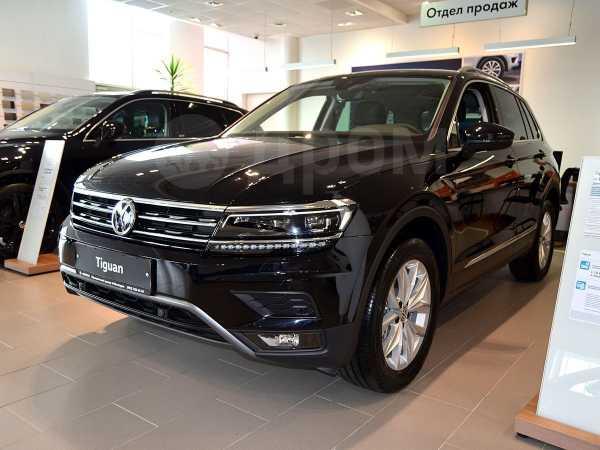 Volkswagen Tiguan, 2019 год, 2 268 800 руб.