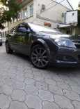 Opel Astra GTC, 2010 год, 410 000 руб.