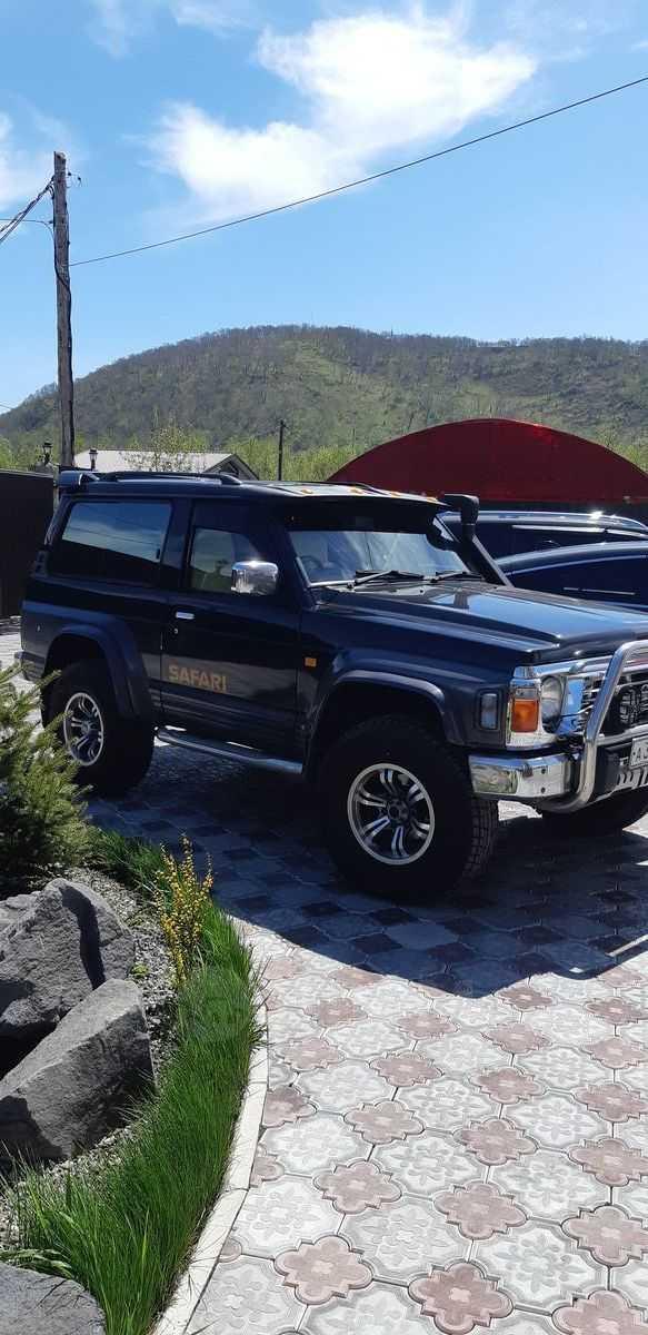 Nissan Safari, 1995 год, 700 000 руб.