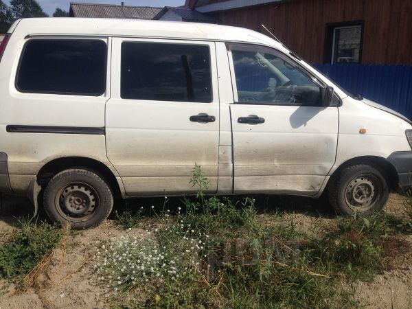 Toyota Town Ace, 1997 год, 140 000 руб.