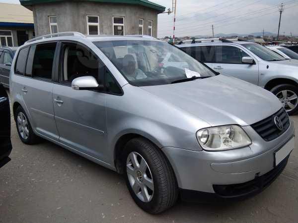 Volkswagen Touran, 2005 год, 300 000 руб.