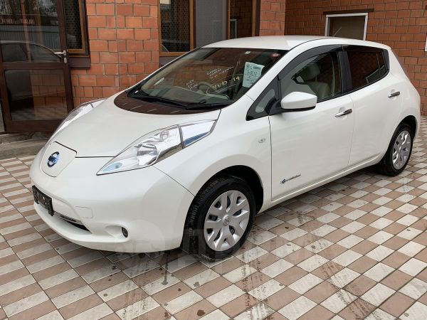 Nissan Leaf, 2016 год, 935 000 руб.