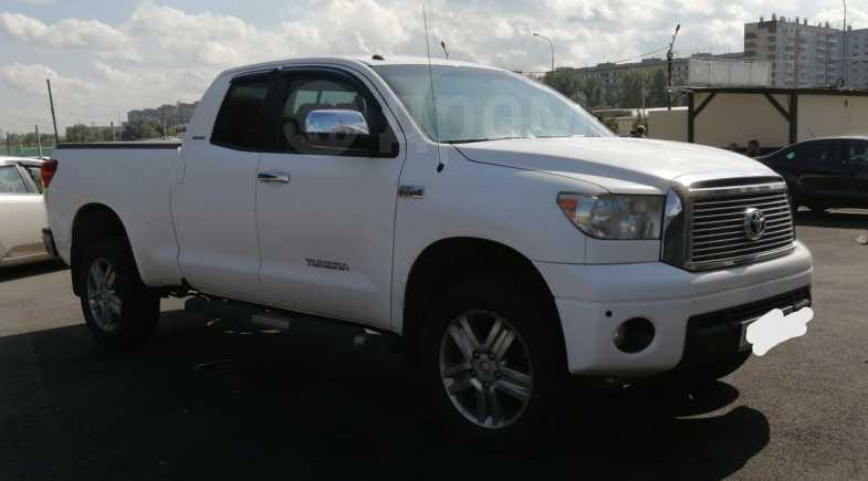 Toyota Tundra, 2010 год, 1 950 000 руб.