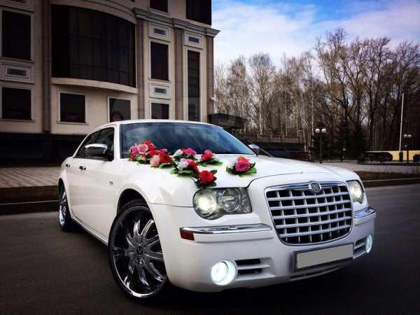 Chrysler 300C, 2005 год, 710 000 руб.
