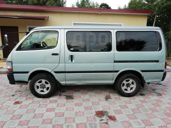 Toyota Hiace, 2001 год, 377 000 руб.