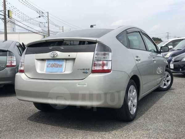 Toyota Prius, 2004 год, 166 000 руб.