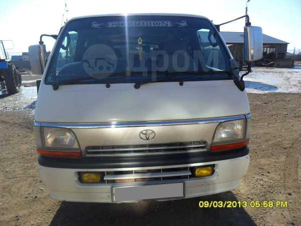 Toyota Hiace, 1997 год, 395 000 руб.
