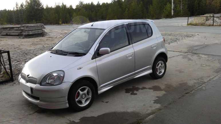 Toyota Vitz, 2000 год, 230 000 руб.