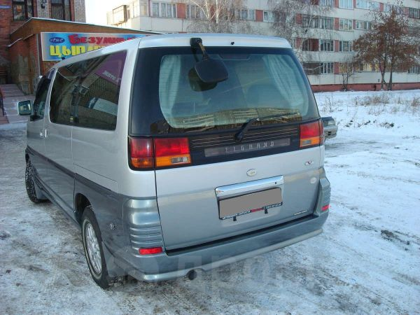 Nissan Elgrand, 2000 год, 370 000 руб.