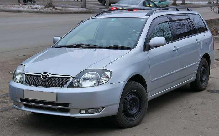 Toyota Corolla Fielder, 2000 год, 295 000 руб.