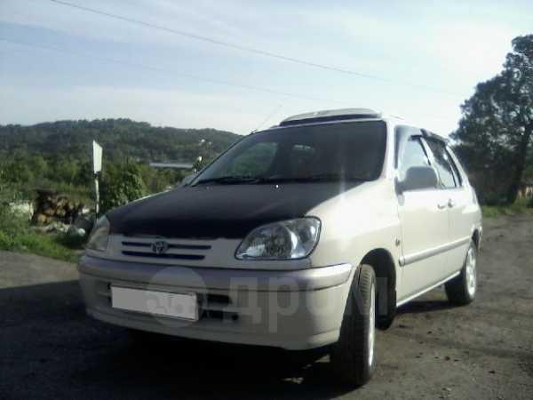 Toyota Raum, 1998 год, 100 000 руб.
