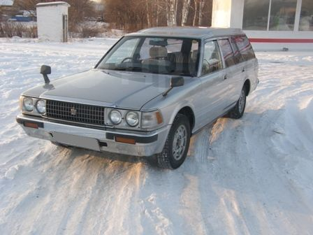 Toyota Crown, 1988 год, 130 000 руб.