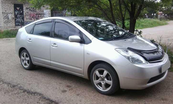 Toyota Prius, 2005 год, 390 000 руб.