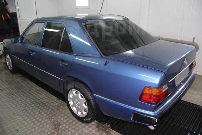 Mercedes-Benz E-Class, 1992 год, 229 999 руб.