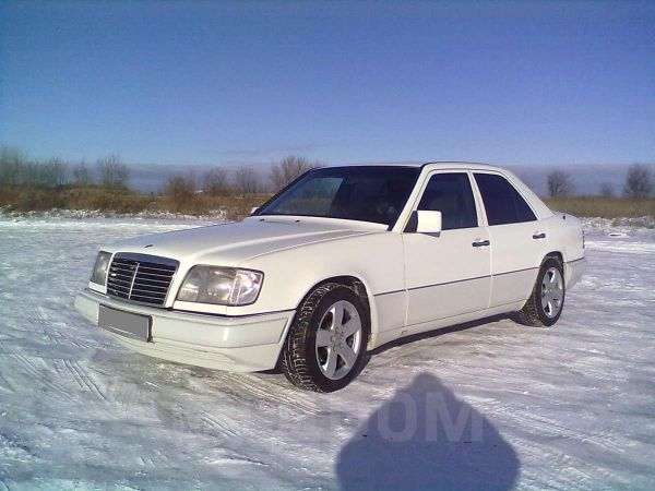 Mercedes-Benz E-Class, 1993 год, 210 000 руб.