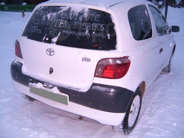 Toyota Vitz, 2001 год, 195 000 руб.