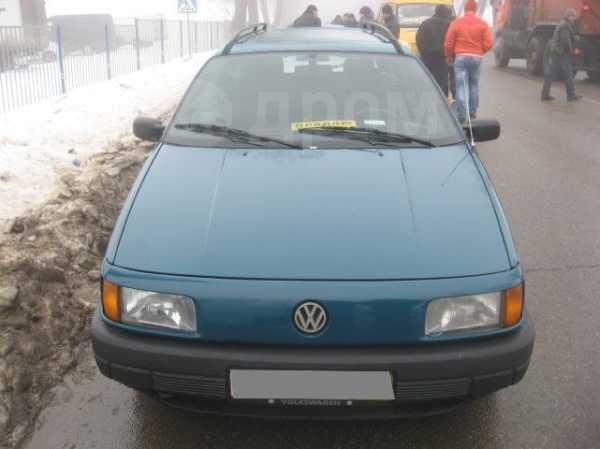 Volkswagen Passat, 1993 год, 160 000 руб.