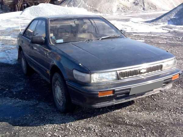 Nissan Bluebird, 1991 год, 68 000 руб.