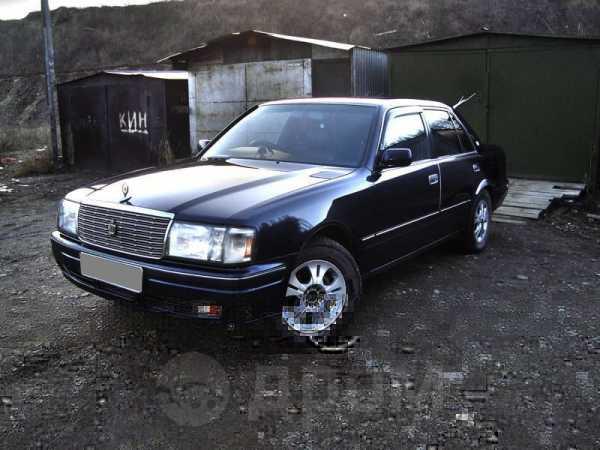 Toyota Crown, 1997 год, 380 000 руб.
