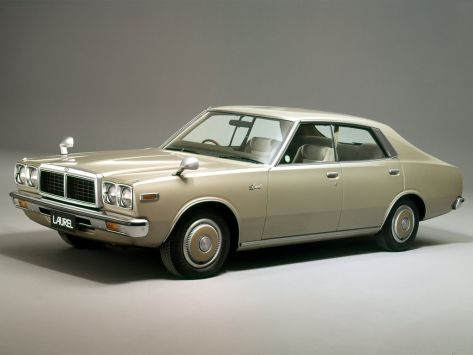 Nissan Laurel C230