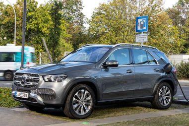 Mercedes-Benz GLC и GLE получили продвинутые гибридные версии