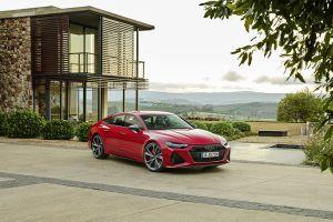 Лифтбек Audi RS7 нового поколения оказался мощнее многих Lamborghini и Ferrari