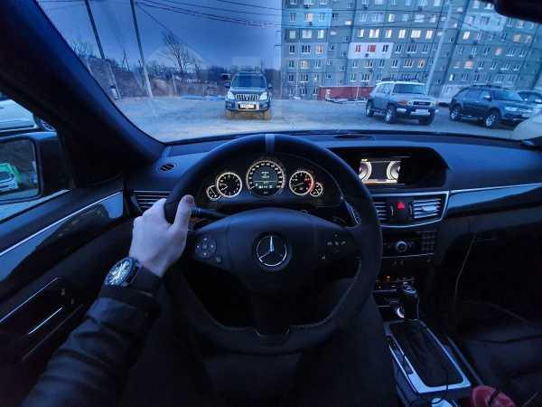 Mercedes-Benz E-Class, 2010 год, 1 000 000 руб.