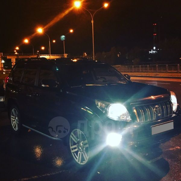Toyota Land Cruiser Prado, 2010 год, 1 900 000 руб.