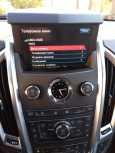 Cadillac SRX, 2011 год, 1 050 000 руб.