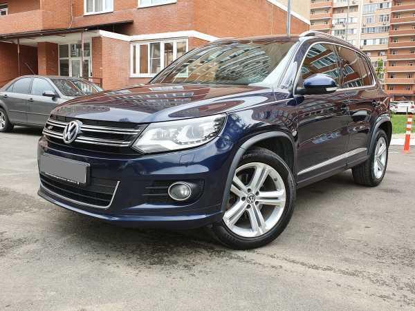 Volkswagen Tiguan, 2014 год, 1 085 000 руб.