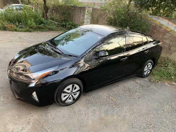 Toyota Prius, 2016 год, 1 120 000 руб.