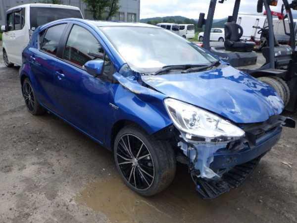 Toyota Aqua, 2015 год, 415 000 руб.