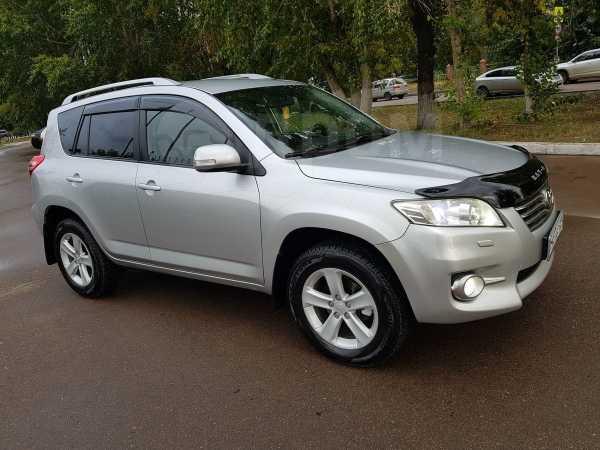 Toyota RAV4, 2010 год, 975 000 руб.