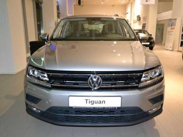 Volkswagen Tiguan, 2019 год, 1 992 900 руб.