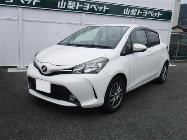 Toyota Vitz, 2015 год, 389 000 руб.