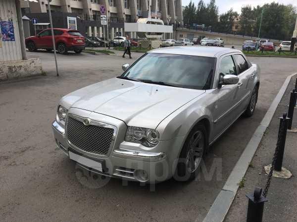 Chrysler 300C, 2006 год, 590 000 руб.