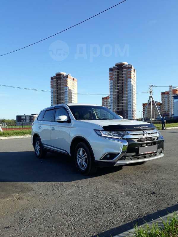 Mitsubishi Outlander, 2015 год, 1 110 000 руб.