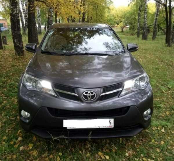 Toyota RAV4, 2015 год, 1 320 000 руб.