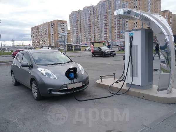 Nissan Leaf, 2015 год, 775 000 руб.