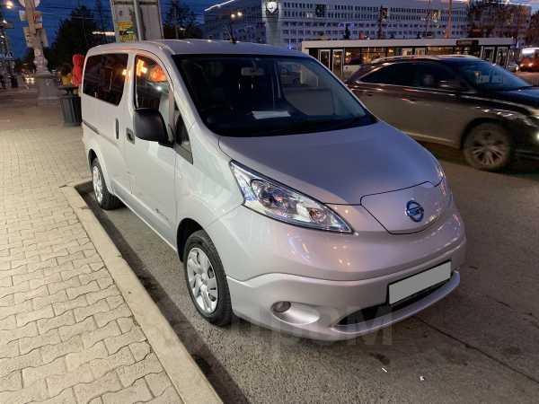 Nissan e-NV200, 2014 год, 1 200 000 руб.