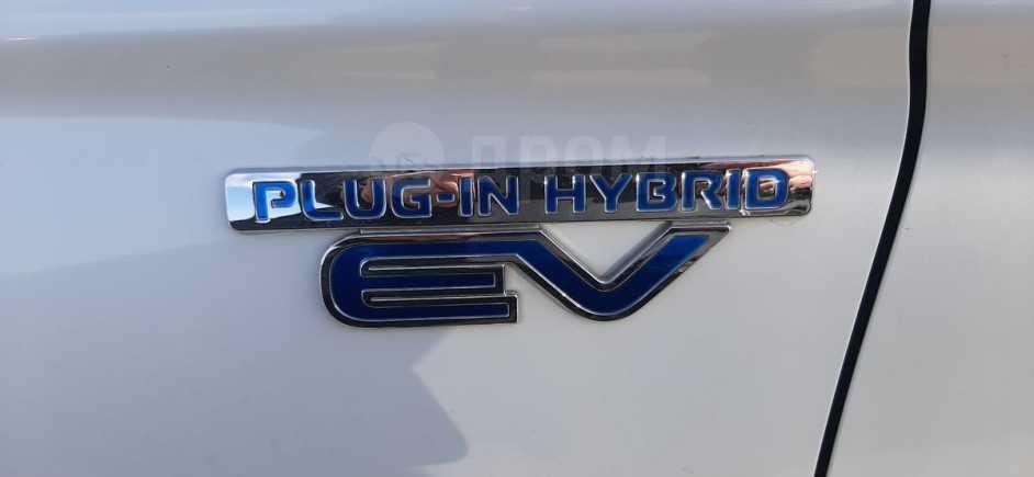 Mitsubishi Outlander, 2014 год, 1 387 000 руб.