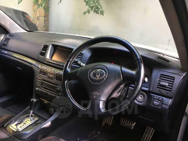 Toyota Mark II Wagon Blit, 2003 год, 390 000 руб.