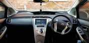 Toyota Prius, 2012 год, 734 000 руб.