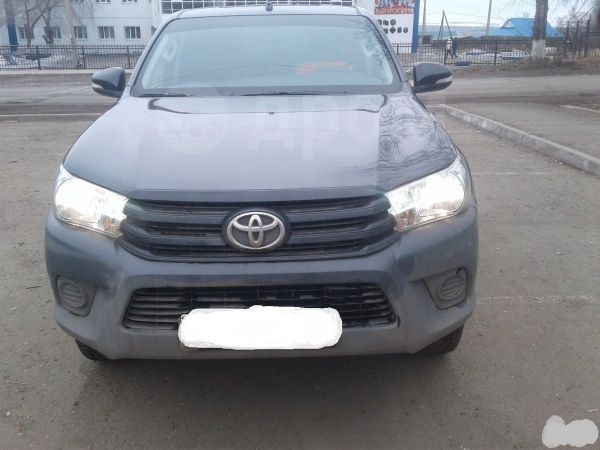 Toyota Hilux Pick Up, 2015 год, 1 560 000 руб.