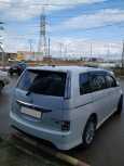Toyota Isis, 2012 год, 760 000 руб.