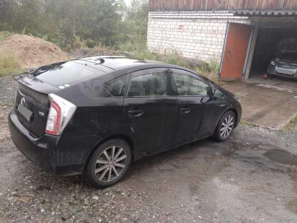 Toyota Prius, 2012 год, 800 000 руб.
